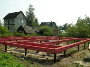 fundament-na-vintovyh-svayah-konstrukciya-i-montazh-svoimi-rukami-3