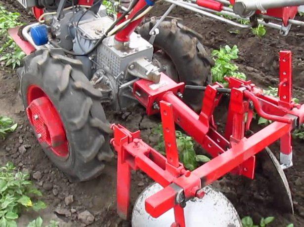 Использование мотоблока для посадки и уборки картофеля