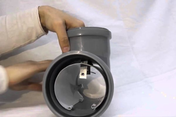 Как снять заглушку с канализации самостоятельно: реальный случай из жизни